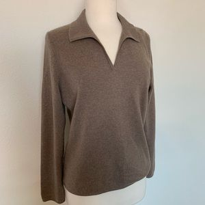 VINTAGE 2ply 100% Cashmere V neck collared sweater